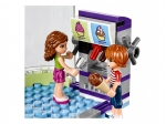 LEGO® Friends Heartlake Frozen Yogurt Shop (41320) released in (2017) - Image: 6