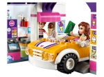 LEGO® Friends Heartlake Frozen Yogurt Shop (41320) released in (2017) - Image: 9
