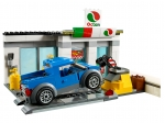 LEGO® Town Service Station (60132) released in (2016) - Image: 5