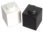LEGO® Gear Salt and Pepper Set (850705-1) released in (2013) - Image: 1